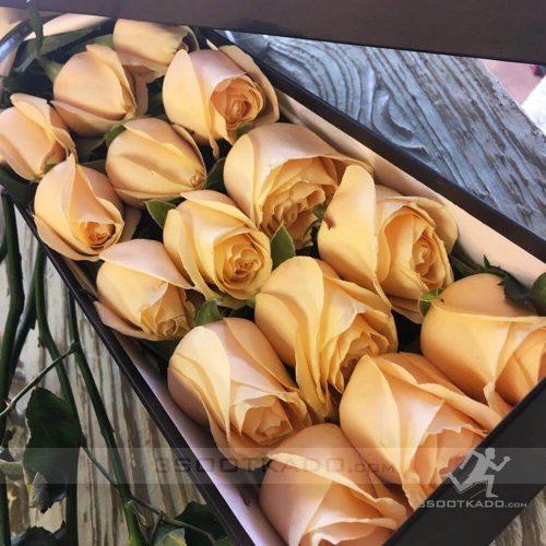 خرید جعبه گل رز 15 شاخه