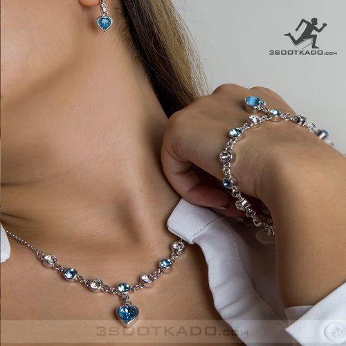 ست گردنبند و گوشواره و دستبند با سنگ سواروسکی طرح رزی