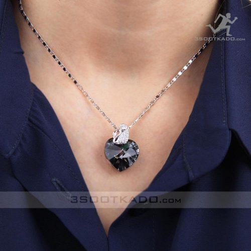 خرید گردنبند نقره با جواهر سواروسکی قلب