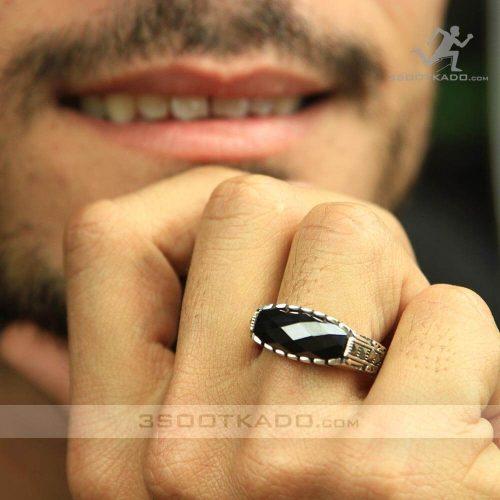 خرید انگشتر نقره مردانه با کریستال مشکی سواروسکی