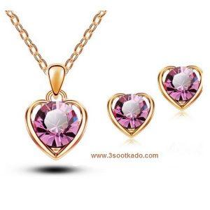 بهترین و زیباترین کادو های ولنتاین: سنگ های کادو ولنتاین: سواروسکی نیم ست گوشواره گردنبند قلبی شکل