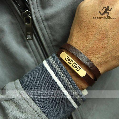 خرید کادو ولنتاین مردانه دستبند چرم با پلاک طلا